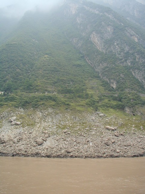 Colors of the Yangtze River valley