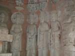 Standing line of buddhas