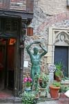 bronze Hammond statue