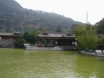 Huaqing Hot Springs near the front entrance