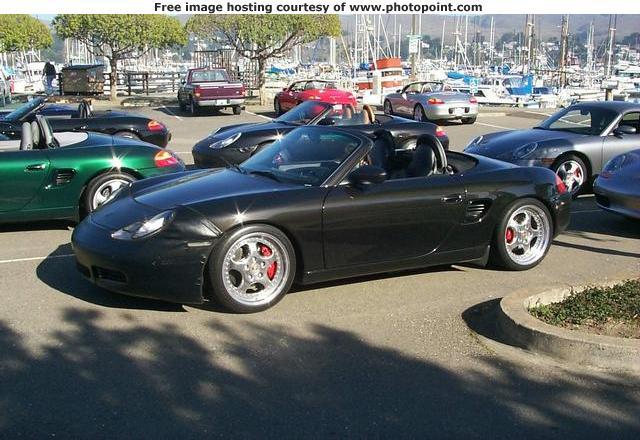 30-Dec-2000 - Marina parking