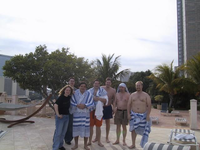 rachel-dan-synchronize-swimmers
