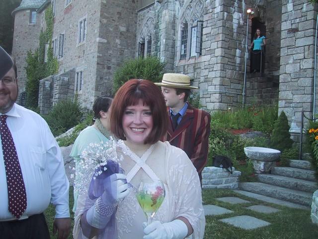 Ren happy bride
